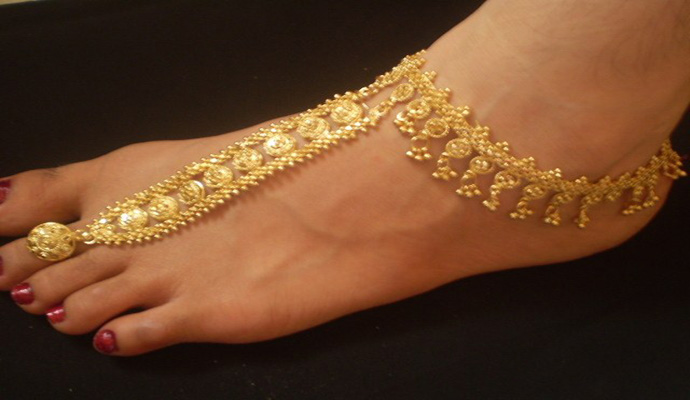 anklets-indian-gold-desi